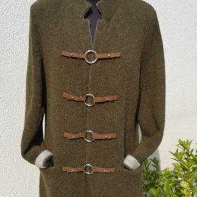Wollstrickjacke mit Leder Lodengrün