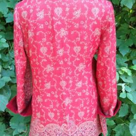 Wolljacke mit Samt Rot Rückseite